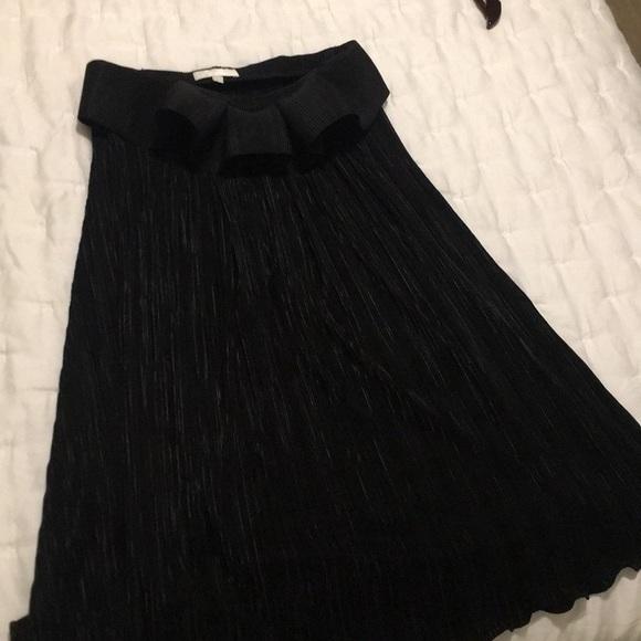 Alexis Dresses & Skirts - Black strapless Alexis dress. Like new.
